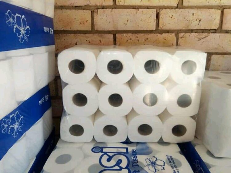 I-toilet paper yase-Ekasi Supersoft isilungele ukuya emakhasimendeni
